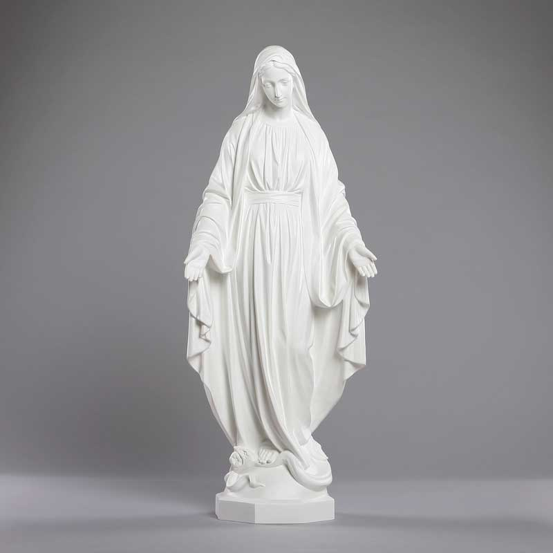 Outdoor statue of the Immaculate