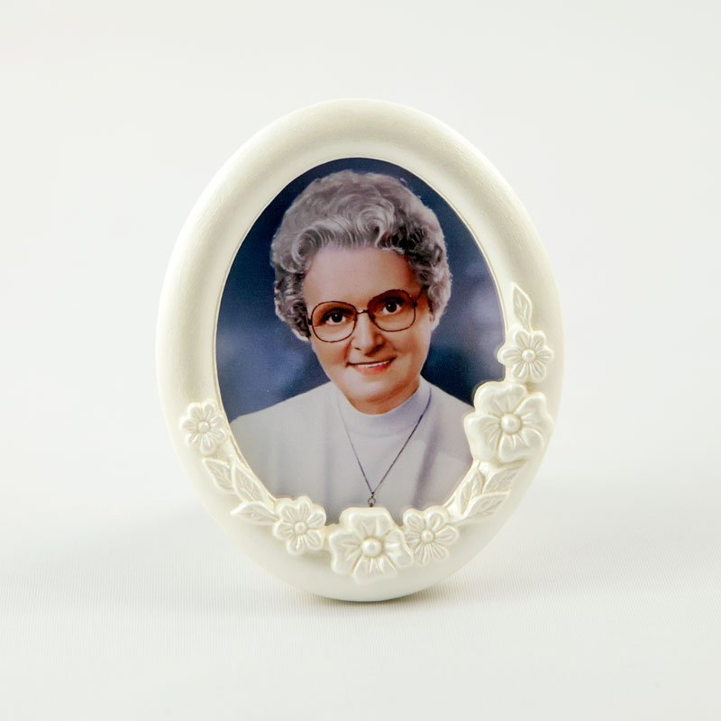 oval frame-marie-paule-front