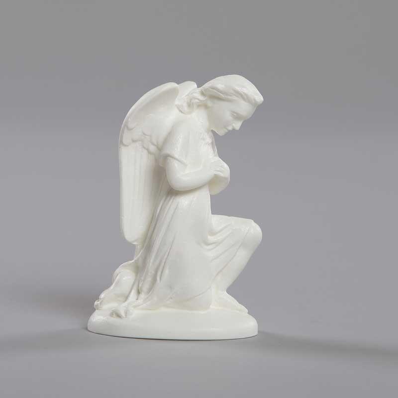 ange adorateur mains croisées