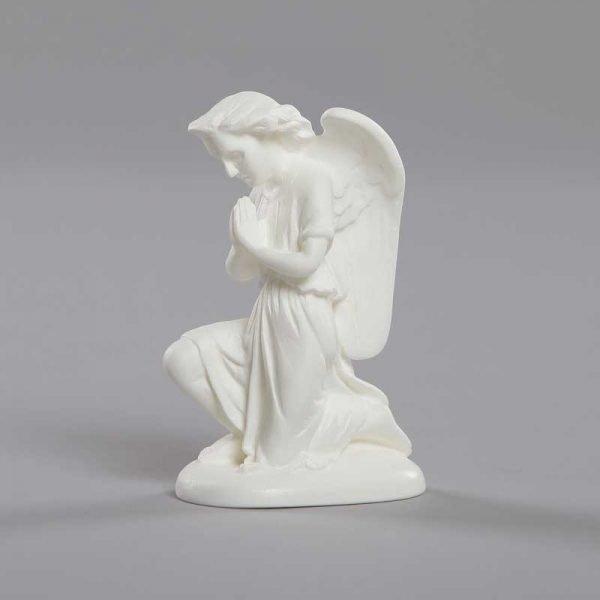 ange adorateur mains jointes