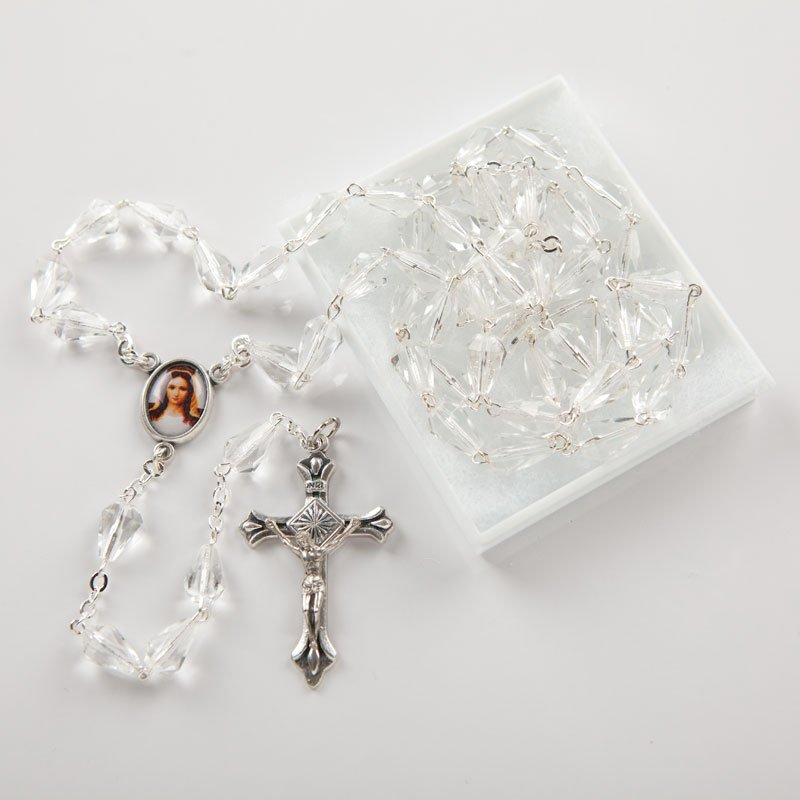 Glass rosary with diamond-shaped bead